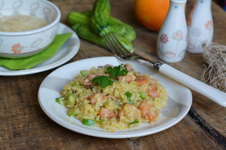 una volta completata la cottura, mantecare con Vallé, aggiungere prezzemolo, pepe e scorza d'arancia