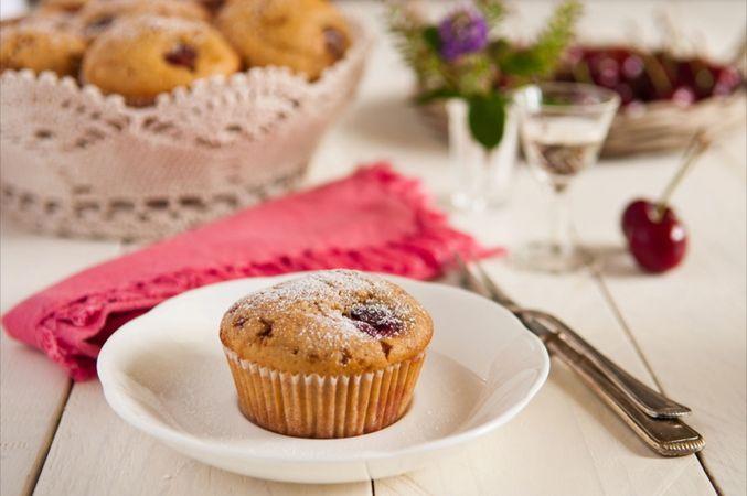 Prima di servirli ricoprite la superficie con poco zucchero a velo.Buoni dolci da Laura-Adani e da Vallé ♥