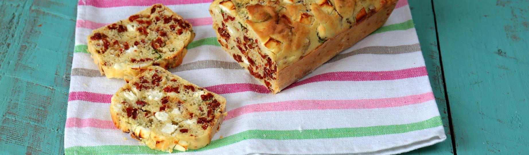 Cake provenzale con pomodorini secchi