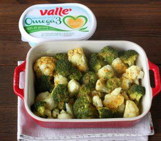 Curry di cavolfiore e broccoli al forno, una gustosa ricetta vegetariana