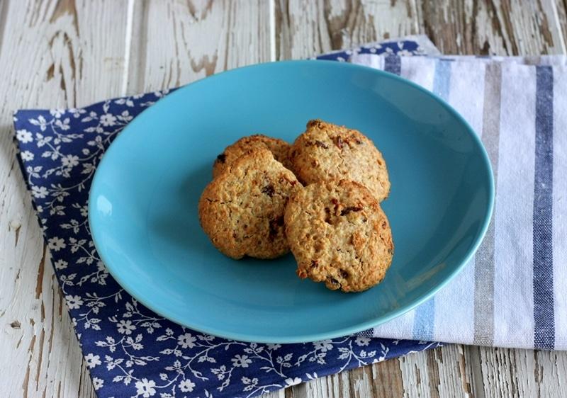 Cookies all'avena con crusca e uvetta