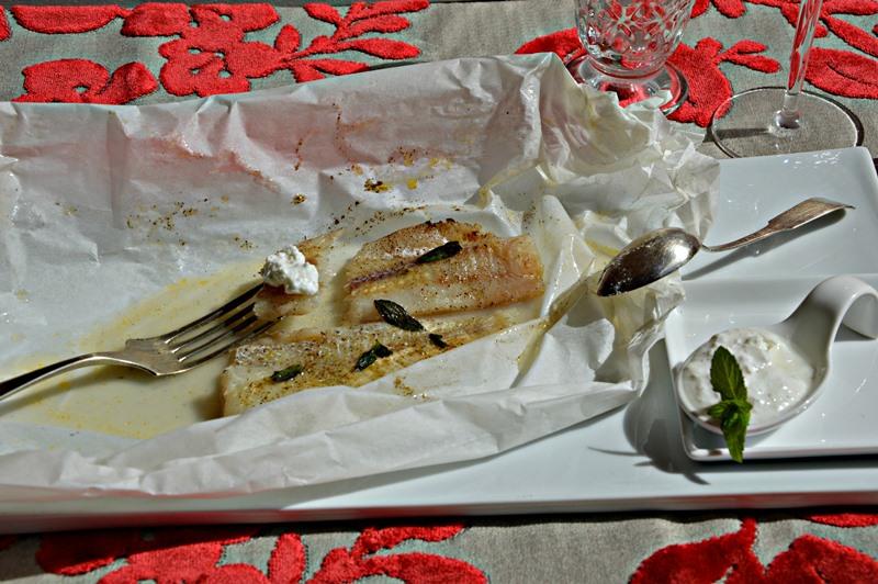 Pesce al cartoccio aromatizzato alla vaniglia