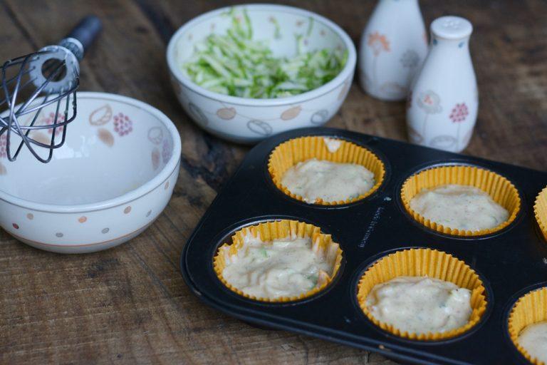 Sistemare il tutto in uno stampo da muffin. Infornare a 180° per circa 25/30min.