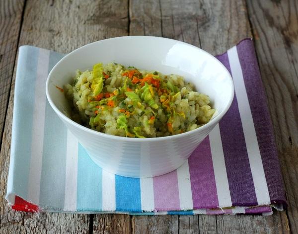 Mescolate il riso con la purea di verdure, l'origano ed il sale