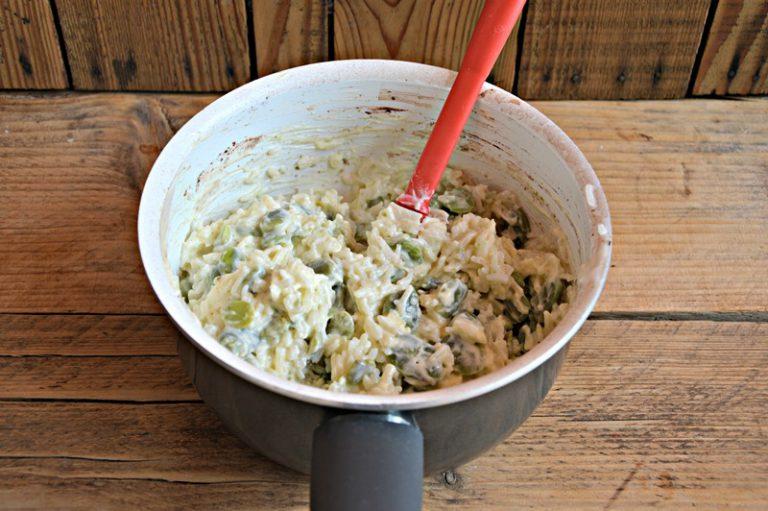 Mescolate la salsa ottenuta al riso e servite tiepido