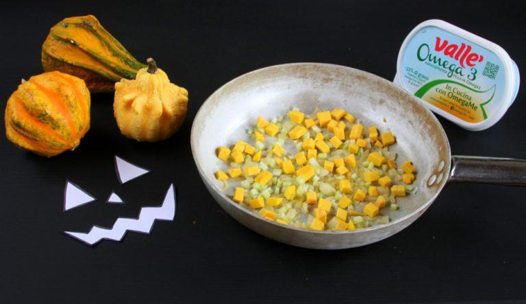 ed aggiungetela al soffritto, aiutatevi nella cottura con un po' di brodo vegetale.
