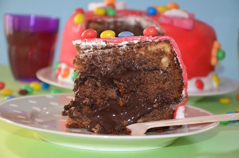 Torta Buon Compleanno al cioccolato