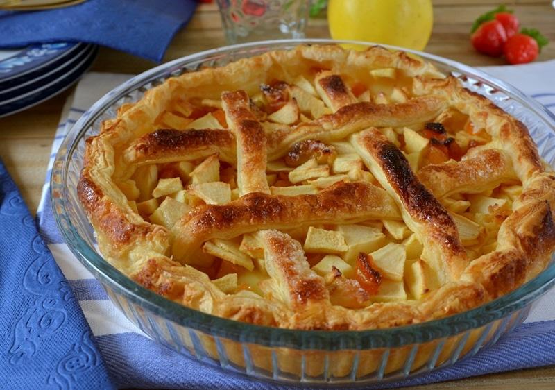 Torta in sfoglia di mele ed albicocche