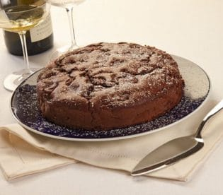 Torta di pere al cacao: lasciare raffreddare prima di servire la torta