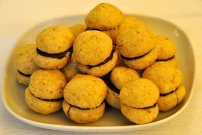 Si conservano fino a una settimana chiusi in una scatola di lattaBuon Appetito da Kuri e da Vallé ♥