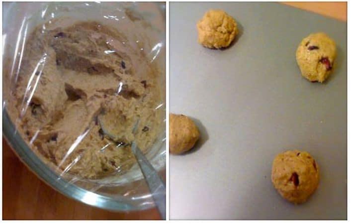 Coprite il composto con pellicola trasparente e mettete in frigo per almeno un'ora (meglio due).<br /> Accendete il forno a 180 gradi; quando il forno è caldo, prendete il composto dei biscotti dal frigo, formate tante palline grandi come noci con l'aiuto di un cucchiaio e adagiatele sulla placca (rivestita di carta forno se non è antiaderente) a circa 5 cm l'una dall'altra. Saranno necessarie due infornate, mettete in frigo il composto rimanente tra una e l'altra