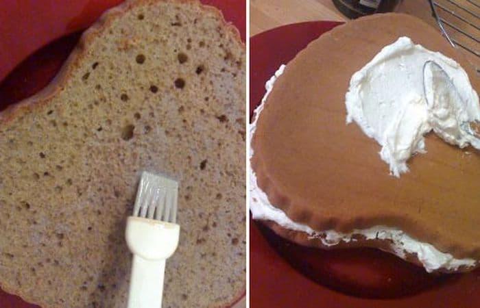 Spennellate le due metà di torta (nella parte all'interno) con la rimanente crema al whisky, poi farcite la torta con 1/3 della panna. Rivestite la torta con la panna rimanente e, se volete, decorate con disegni e ciuffetti usando un sac-à-poche.