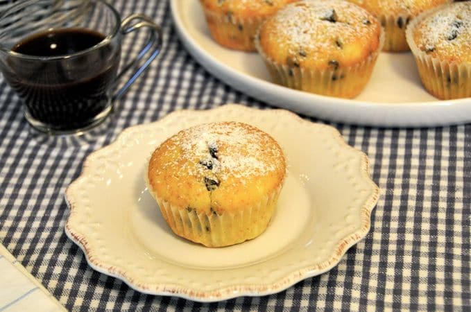 Fate raffreddare sulla griglia per dolci, spolverate con zucchero a velo e servite. Si conservano 2 giorni se ben chiusi in una scatola di lattaBuon appetito da Kuri e da Vallé ♥
