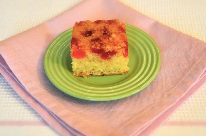 Lasciate raffreddare completamente nello stampo e rovesciate. Tagliate a quadrotti e serviteBuona torta da Vallé ♥
