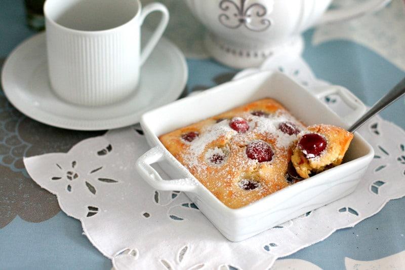 Clafoutis di ciliegie e vaniglia