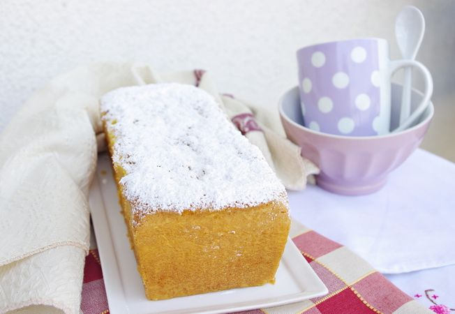 Cospargere a piacere di zucchero a velo