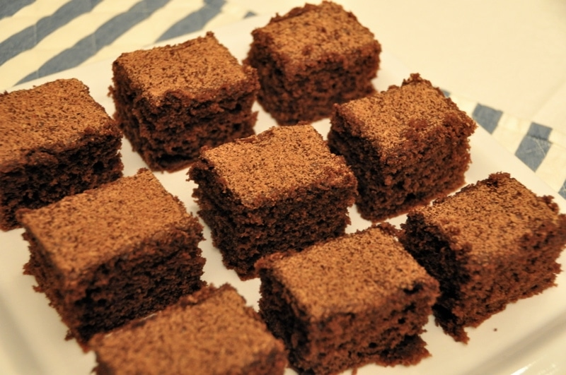 Cubetti di torta al cioccolato