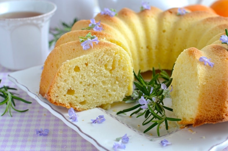 Ciambella aromatica miele, yogurt e arancia