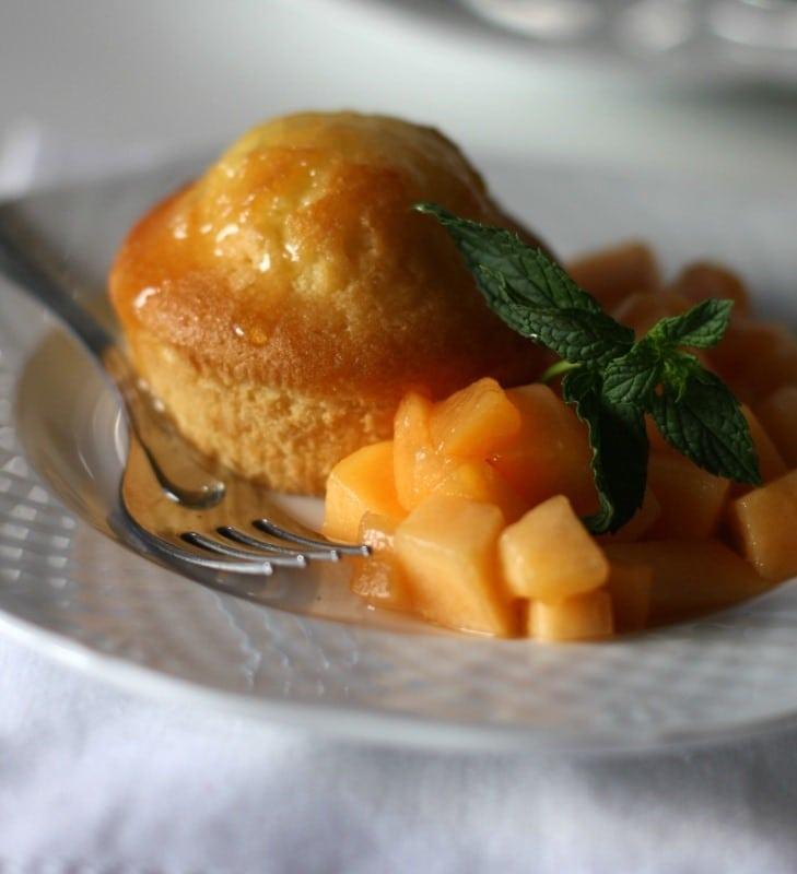 Muffin soffici al miele e sciroppo di melone