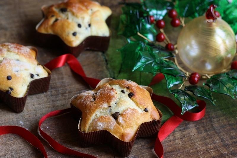Stelle di Natale con gocce di cioccolato