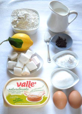 Gli ingredienti. Accendete il forno a 200 gradi. Foderate uno stampo da 12 muffin con pirottini di carta. Mescolate farina e lievito e setacciateli