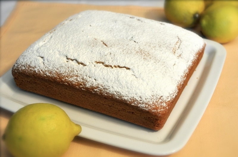 Torta soffice al limone e yogurt