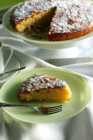 Cuocere in forno a 180° per circa mezz'ora e spolverizzare a piacere con zucchero a velo.Buoni dolci da Anna-Gentile e da Vallé ♥