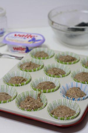 ricoprire con un cucchiaio di composto dei muffin