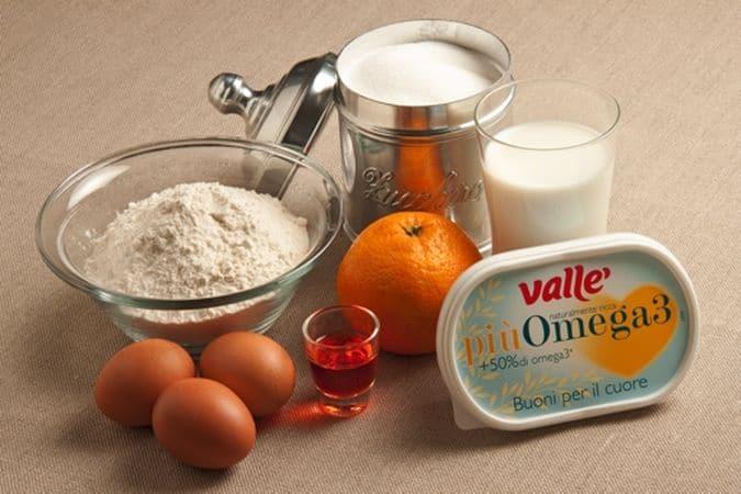 Mescola le uova con la farina e diluisci il composto con il latte, mescola con cura per evitare la formazione di grumi; lascia riposare la pastella per un'ora in un luogo fresco.