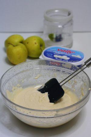 lavorare il composto e aggiungere un pizzico di sale