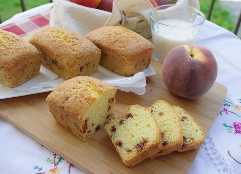 Mini plumcake con gocce di frutta