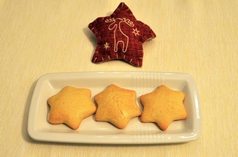 Biscottini al marzapane di Natale