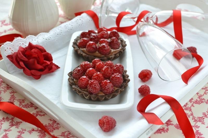 Crostatine di cioccolato e lamponi per San Valentino