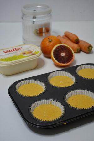 dividere in 6 stampi da muffin ed infornare per circa 15/20min. A 180°