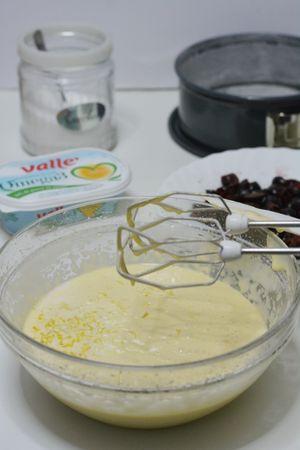 aggiungere Vallé, il latte e il miele
