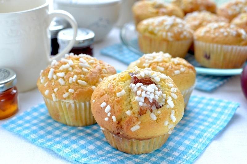 Muffin alle nettarine e cioccolato bianco