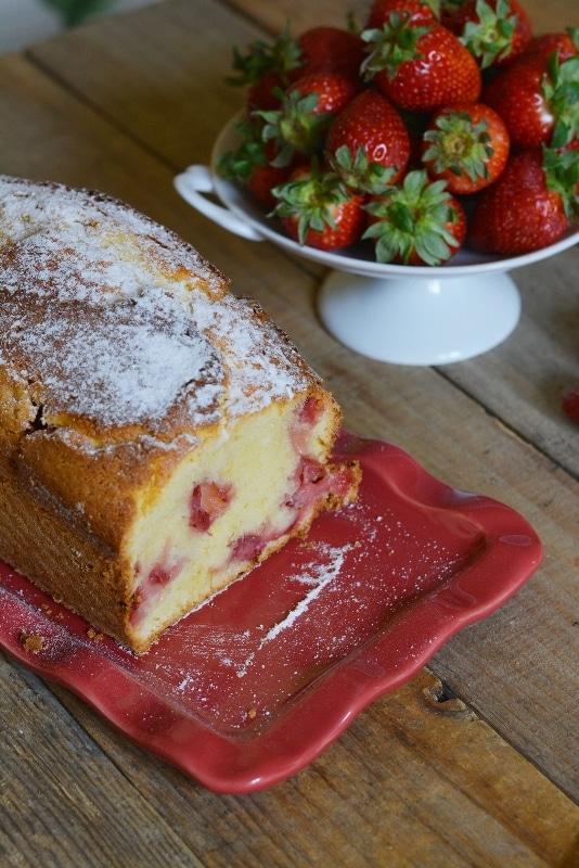 dopo la cottura, lasciar raffreddare il dolce e servire con abbondante zucchero a velo
