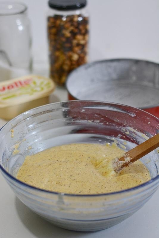 solo alla fine aggiungere il lievito e la vaniglia