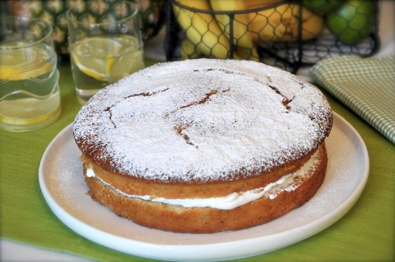 Torta alla frutta tropicale, torta soffice e gustosa - Vallé Italia