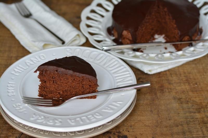 Torta glassata al cioccolato