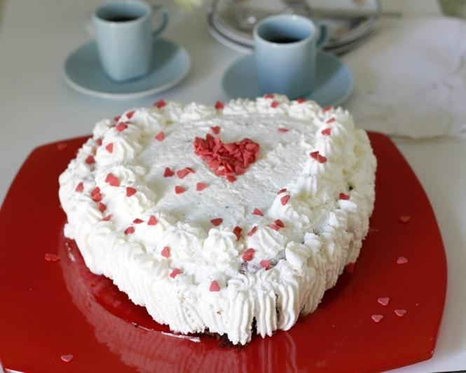 Torta per San Valentino panna e cioccolato
