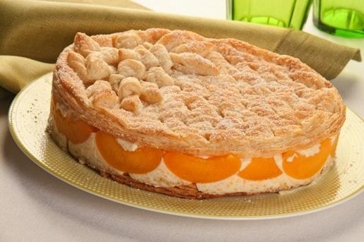 """Torta di mousse di pesche sciroppate """"Torta morbida"""""""