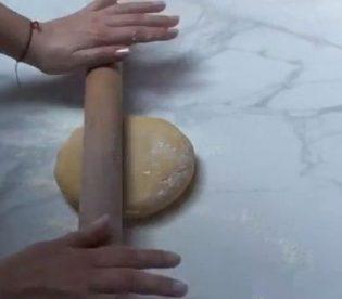 crostata-alle-pesche-e-moscato-7.jpg