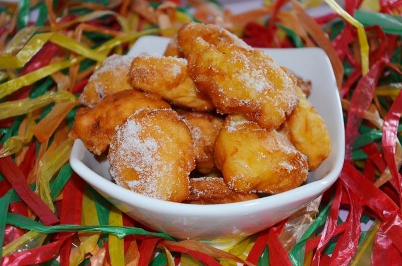 Frittelle con albicocche e mele