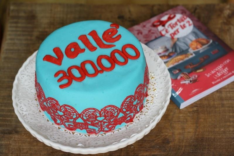 300.000 Amici di facebook e cake design