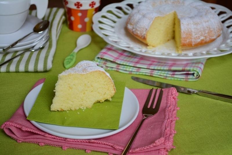 Torta al limone con farina di riso e cocco