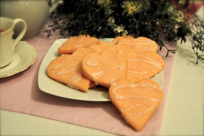 """Biscotti cocco-losi """"San Valentino""""…"""