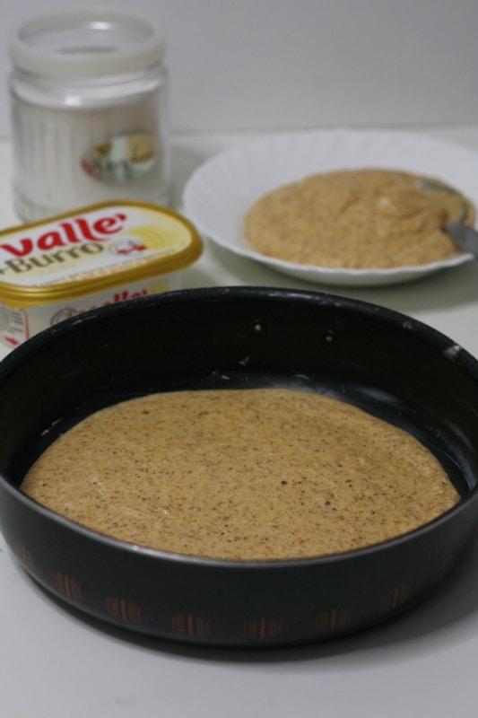 cuocere per 15 min a 180° in 2 stampi 24cm di diametro