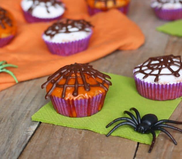 tortine-con-zucca-e-amaretti-per-halloween-10.jpg