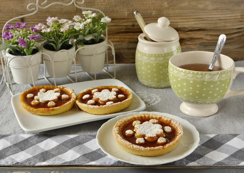Crostatine con gelatina di mele